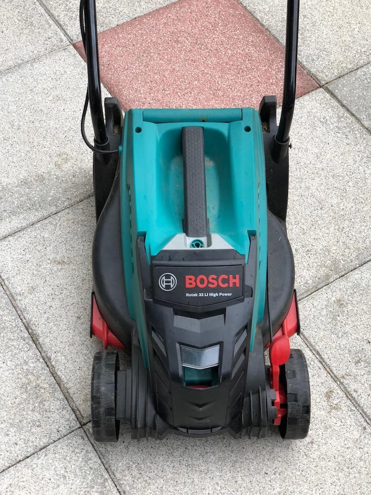 Bosch Akku Rasenmäher Rotak 32 LI